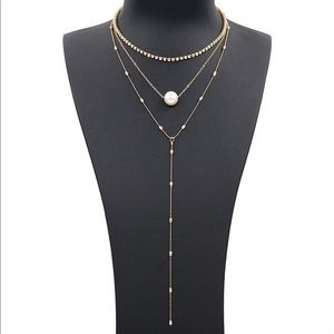✨Multi Layer Crystal  Pearl Necklace✨